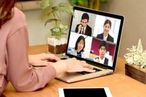 オンライン飲み会とは?初心者のパソコン(PC)でのオススメアプリ2選とWebカメラなどVol.2