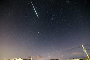 ペルセウス座流星群2020 岡山で見れる方角は?極大はいつ・特徴は!
